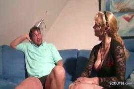 Video x porno la baise dans les fesses